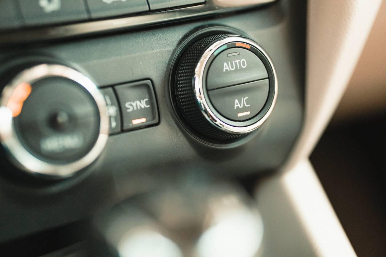 Commandes de chauffage auto